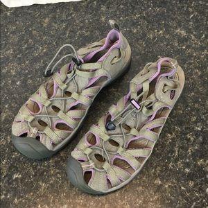 Keen Women's whisper water shoes size 11